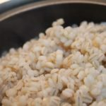 もち麦漬物ダイエットのやり方と効果!得する人損する人で塩地美澄アナも痩せた!